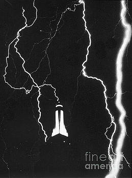 Science Source - Lightning Strikes Empire State
