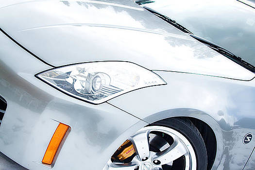 James BO  Insogna - 350Z Car Front Close-Up