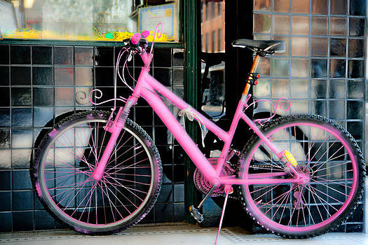Johnny Sandaire - Pink bicycle
