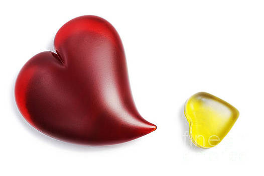 Sami Sarkis - Red and yellow heart shapes made of glass