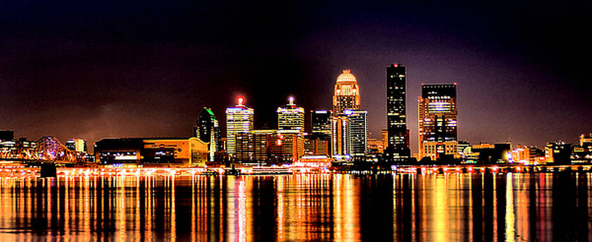 Matthew Winn - Louisville Skyline at Night