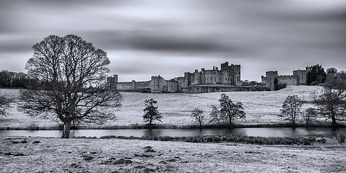 David Pringle - Alnwick Castle