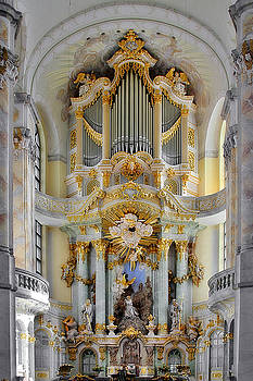 Christine Till - A church filled with music - Church of Our Lady Dresden