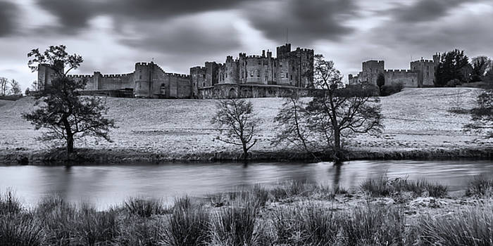 David Pringle - Alnwick Castle in Winter