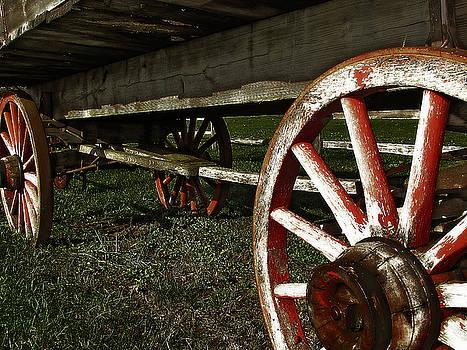 Scott Hovind - Antique Wagon Wheels
