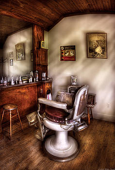 Mike Savad - Barber - In The Barber Shop