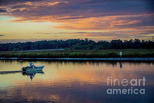 Doug Berry - Boat Heading Out on the Pagan River at Sunset 5699