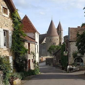 Marilyn Dunlap - Chateauneuf en Auxois Burgundy France