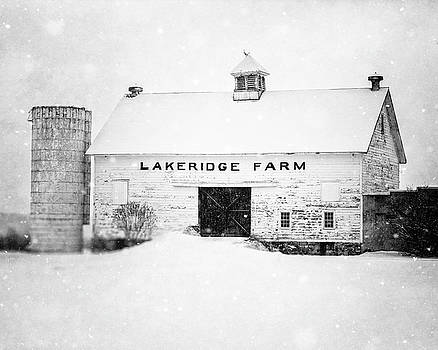 Lisa Russo - Lakeridge Farm in the Snow in Black and White