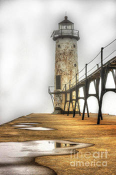 Randy Pollard - Manistee Lighthouse in Fog