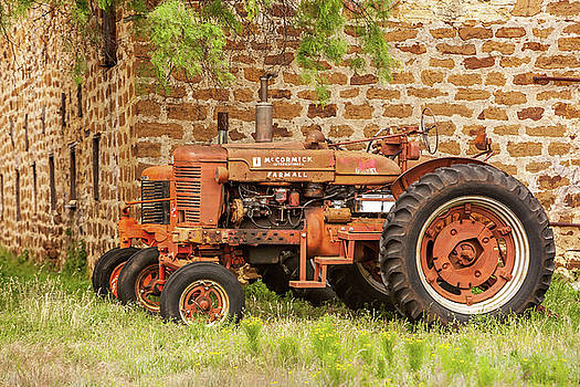 Art Block Collections - Old Farmall Tractors