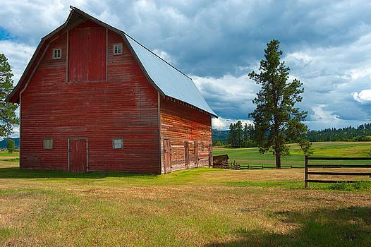 Sandra Bronstein - Old Red Big Sky Barn