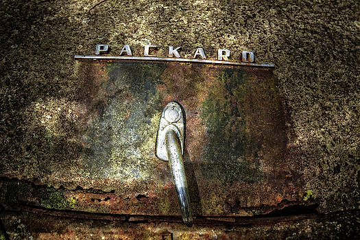 Debra and Dave Vanderlaan - Packard Emblem