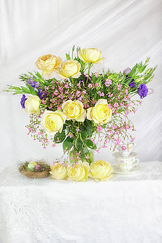 Susan Gary - Peachy Yellow Roses and Lisianthus Bouquet