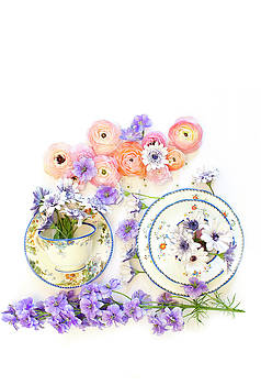 Susan Gary - Ranunculus and Daisies with Vintage Tea Cups