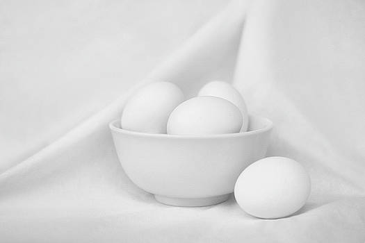 Nikolyn McDonald - Silence - Eggs and Bowl - Still Life - Black and White