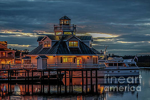 Doug Berry - Smithfield Lighthouse at Night 5832
