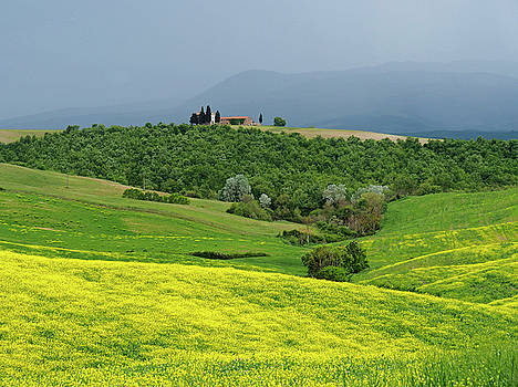 Dennis Cox WorldViews - Springtime in Tuscany