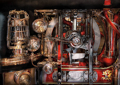 Mike Savad - Steampunk - Check the gauges