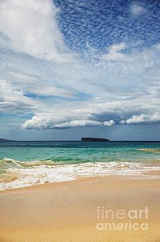 Charmian Vistaunet - Storm Cloud over Molokini - Makena Beach