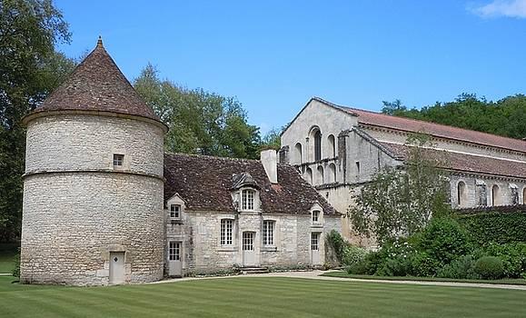 Marilyn Dunlap - The Abbey de Fontenay