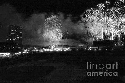 Matthew Winn - Thunder Over Louisville in Infrared