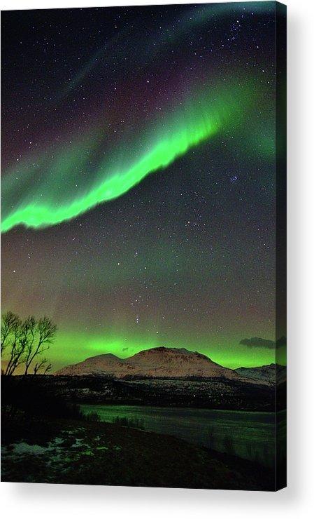 Vertical Acrylic Print featuring the photograph Aurora Borealis by John Hemmingsen
