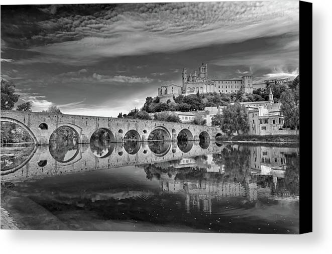 Horizontal Canvas Print featuring the photograph Beziers Cathedral by Photograph by Paul Atkinson