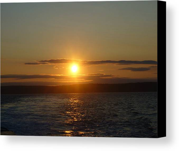 Sunset Canvas Print featuring the photograph Sunset On The Horizon  1 by Sharon Stacey
