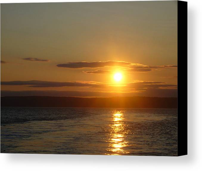 Sunset Canvas Print featuring the photograph Sunset On The Horizon 7 by Sharon Stacey