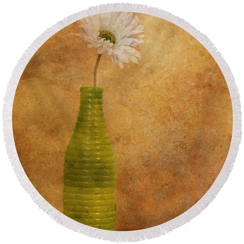 Flower Round Beach Towel featuring the photograph February 10 2010 by Tara Turner