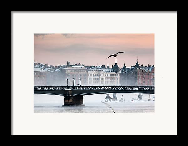 Horizontal Framed Print featuring the photograph Skeppsholmsbron, Stockholm by Hannes Runelöf