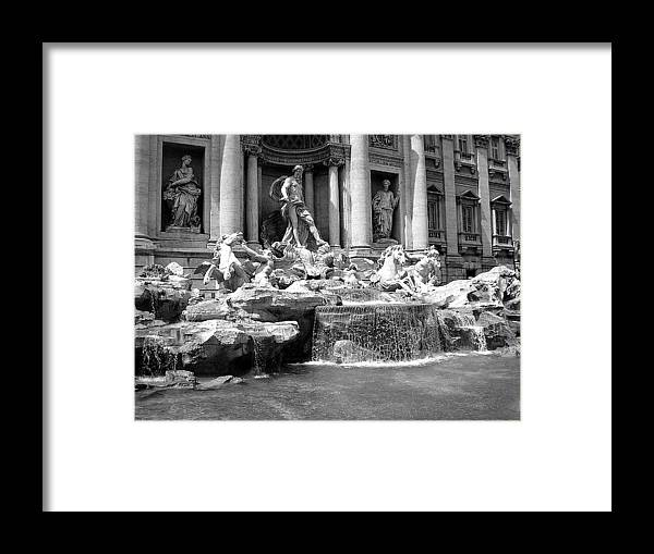Trevi Framed Print featuring the photograph Trevi Fountian by Shelby Eagleburger