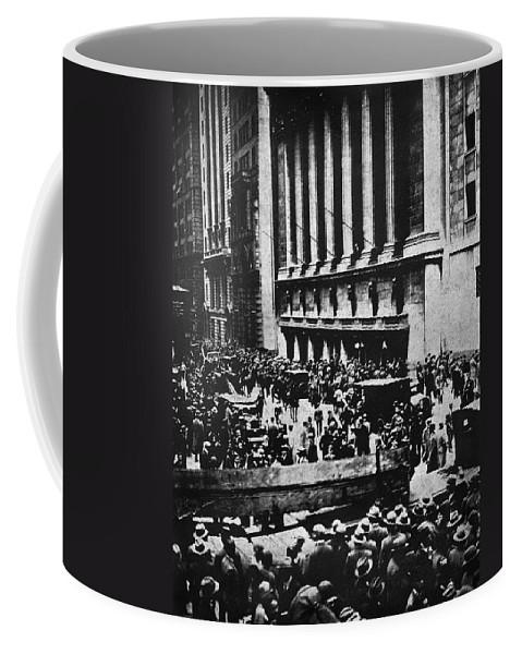 1929 Coffee Mug featuring the photograph Wall Street Crash 1929 by Granger