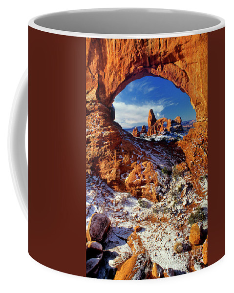 North America Coffee Mug featuring the photograph Turret Arch Through North Window Arches National Park Utah by Dave Welling