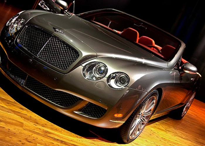 Luxury Greeting Card featuring the photograph Bentley Continental Gt by Cosmin Nahaiciuc