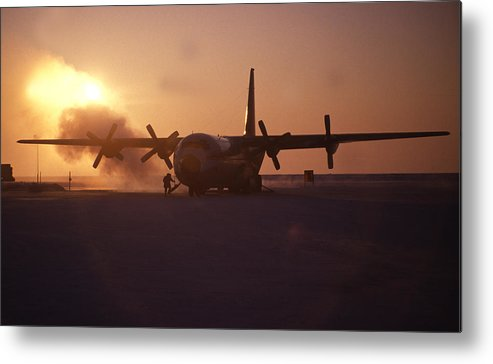 Horizontal Metal Print featuring the photograph Airplane In The High Arctic by Jack Dagley