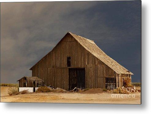 Barn Metal Print featuring the photograph An Old Barn In Rural California by Mark Hendrickson
