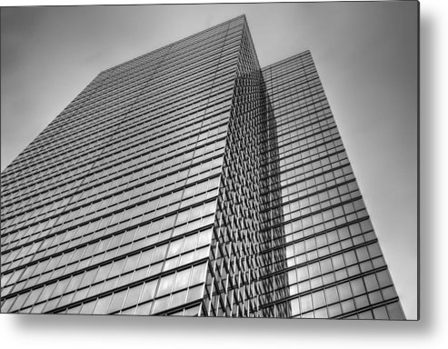 Rcouper Metal Print featuring the photograph Sky Scraper3 by Rick Couper