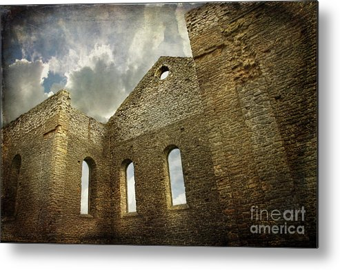 Architecture Metal Print featuring the photograph Ruins Of A Church In Ontario by Sandra Cunningham