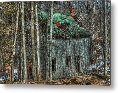 Rcouper Metal Print featuring the photograph Abandoned In The Woods. by Rick Couper