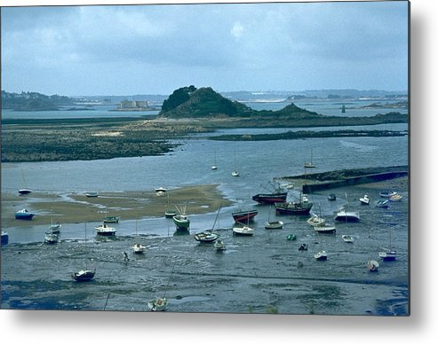 Low Tide Metal Print featuring the photograph Low Tide by Flavia Westerwelle