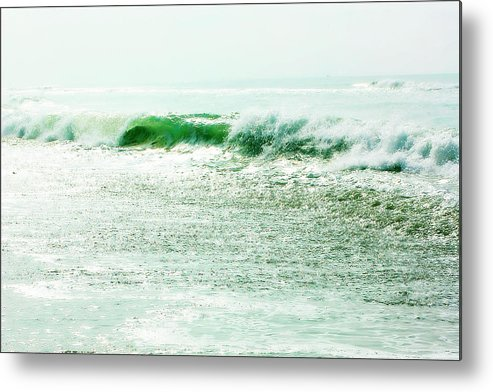 Atlantic Beach North Carolina Metal Print featuring the photograph Sparkling Waves 2 by Alan Hausenflock