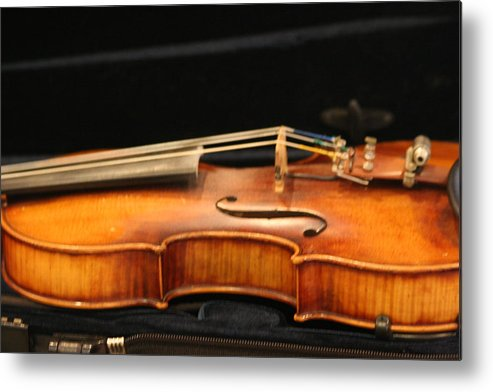 Music Metal Print featuring the photograph Violin by Linda Russell
