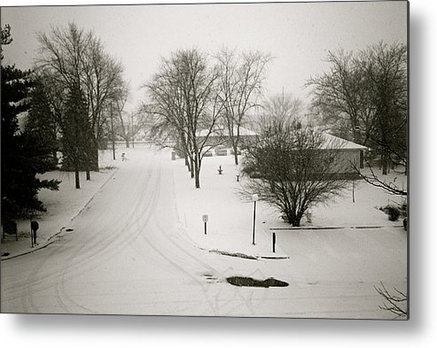 Winter Metal Print featuring the photograph Winters Silence by Amy Strong