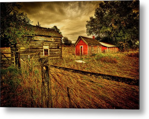 Homestead Metal Print featuring the photograph Homestead Palouse by Dale Stillman