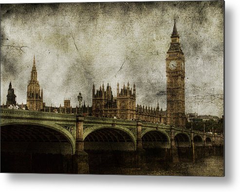 London Metal Print featuring the photograph Noble Attributes by Andrew Paranavitana