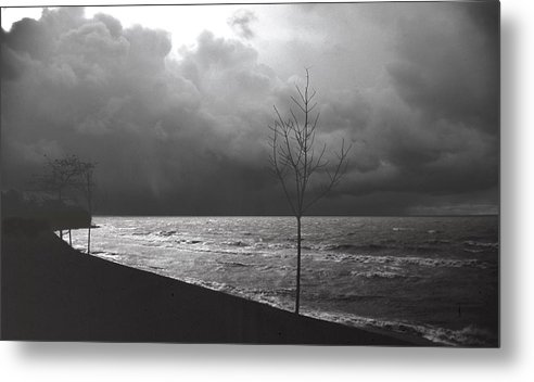 Lake Erie Metal Print featuring the photograph 091508-1 by Mike Davis