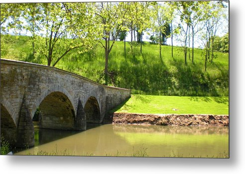 Wall Metal Print featuring the photograph the Washington wall by Ruby Hargreaves