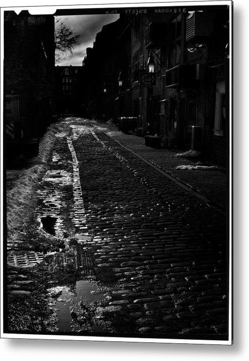 Black And White Metal Print featuring the photograph Wharf Street by Filipe N Marques